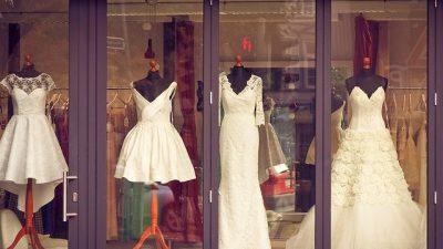 Свадебный бренд Mon Cheri представил коллекцию 2015