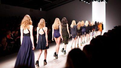 Показ Givenchy прошёл на Неделе моды в Париже