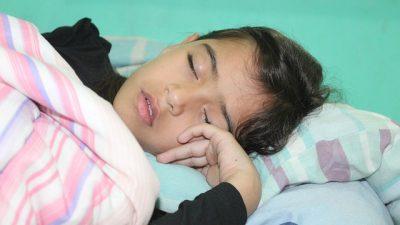 Дети, храпящие во сне, имеют плохую успеваемость в школе