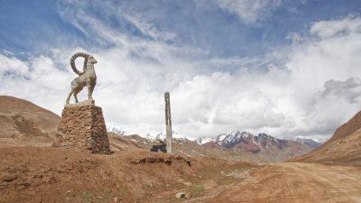Киргизия открыла таможенную границу с Казахстаном
