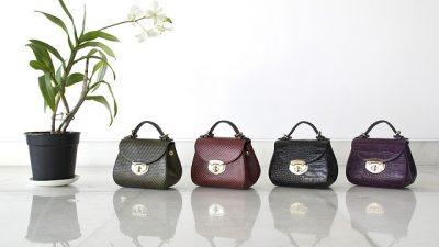 Модные женские сумочки представили на Неделе моды в Нью-Йорке