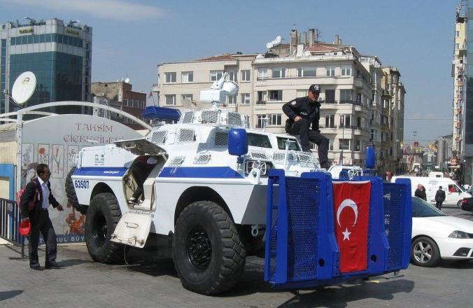 В Стамбуле подорвала себя смертница из России