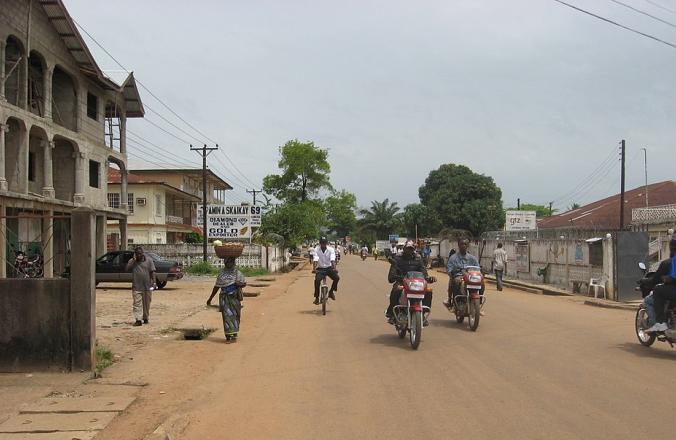 Жители Сьерра-Леоне гневно жалуются на медлительность властей