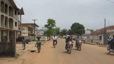 В Сьерра-Леоне уволили вышедших на забастовку могильщиков