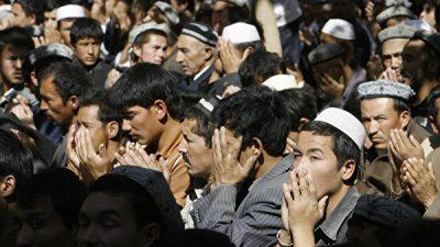 Китайский режим запретил мусульманам в Урумчи носить паранджу