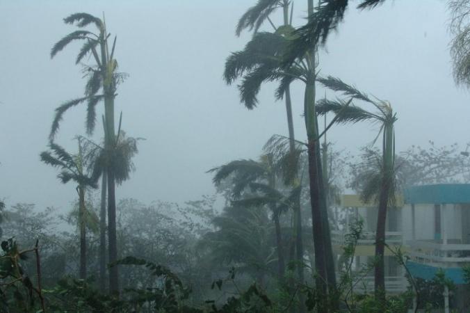 Тайфун «Хагупит» постепенно покидает Филиппины