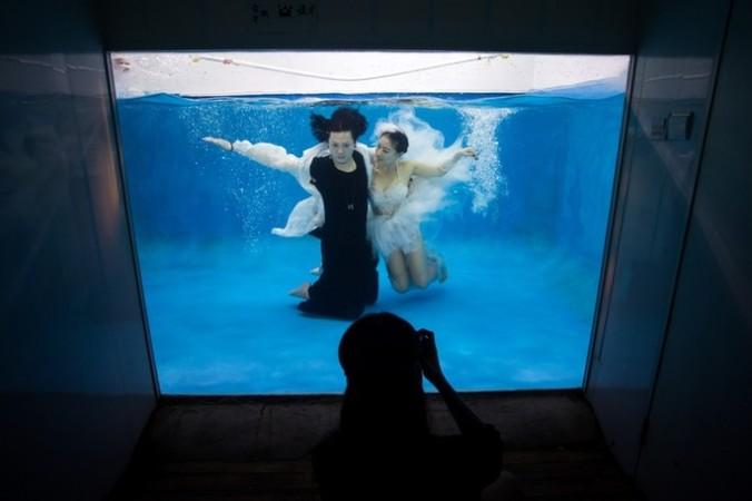 svadba3 676x450 1 - Китайцы стали чаще разводиться и копировать западные свадьбы