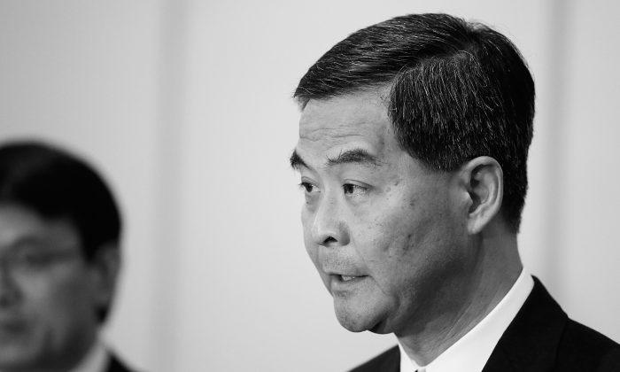 Главный исполнительный директор Гонконга Люн Чун-Инь изображен 6 октября 2013 года. По Гонконгу ходят слухи, что Луенг скоро будет уволен или арестован. (Путу Сайога / Getty Images)   Epoch Times Россия