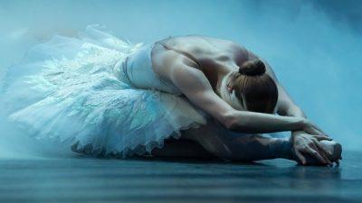 «Лебединое озеро» в исполнении китайского балета вызвало скандал в Тюмени (видео)