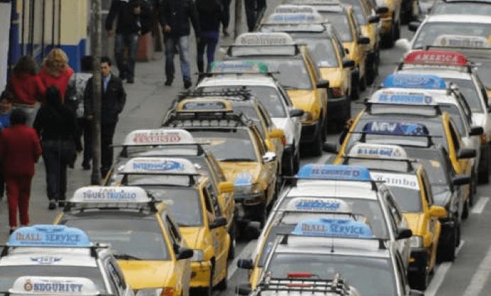 Автомобильные пробки на дорогах. Фото: pexels.com/ru-ru/@alexander-cruzado-abanto-2059905 | Epoch Times Россия