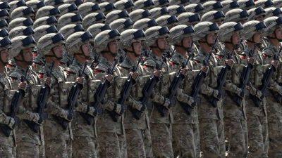 Китайцы сняли ролик про войну с США