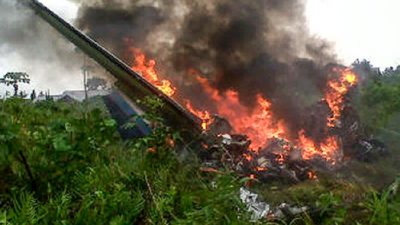 На борту упавшего в Нигере лайнера россиян не было