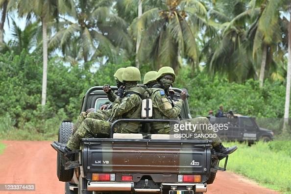 Боевики Боко Харам. Фото: ISSOUF SANOGO / AFP через Getty Images | Epoch Times Россия
