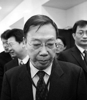 Бывший заместитель министра здравоохранения Китая Хуан Цзефу после конференции в Тайбэе, Тайвань, в 2010 году. Недавно сообщалось, что Хуан сказал, что трансплантация органов заключенным, приговоренным к смертной казни, в Китае прекратится. (Би-длинная песня / Великая Эпоха)   Epoch Times Россия
