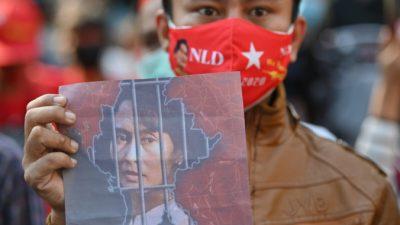 Военный переворот в Мьянме. Правительства и международные организации осуждают действия армии