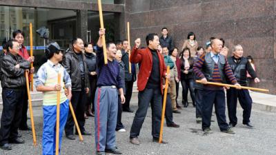 8 самых странных профессий в Китае