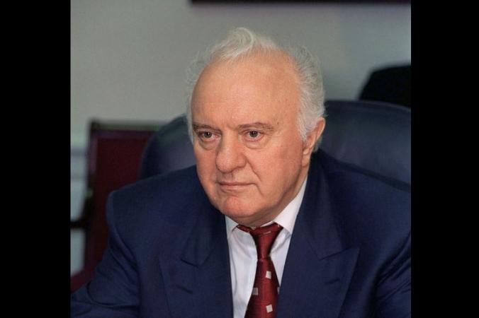 Robert D. Ward - http://www.dodmedia.osd.mil/Assets/2003/DoD/DD-SD-03-01656.JPEG, Общественное достояние, https://commons.wikimedia.org/w/index.php?curid=127822 | Epoch Times Россия