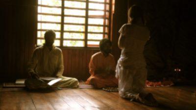 Суд Индии постановил расследовать, жив или мёртв медитирующий гуру