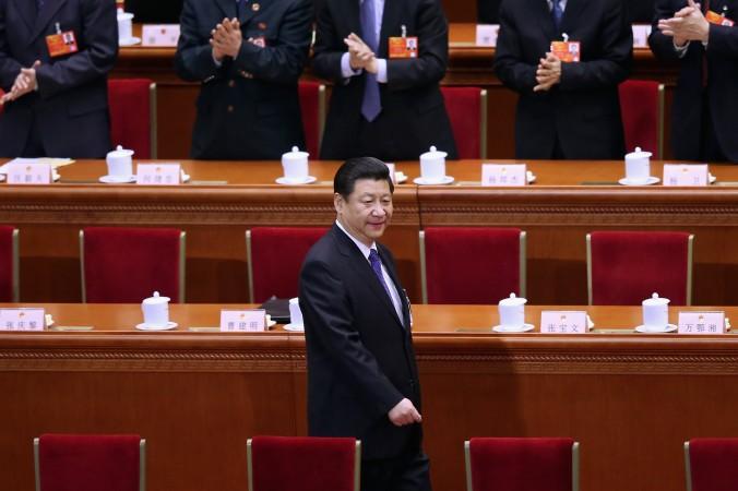 Китайский лидер Си Цзиньпин прибыл на пятое пленарное заседание Национального народного конгресса в Большой зал народных собраний, 15 марта 2013 года, Пекин, Китай. Фото: Feng Li/Getty Images | Epoch Times Россия