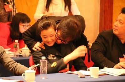 Джеки Чан и Сон Цзуйин. (Internet Photo)