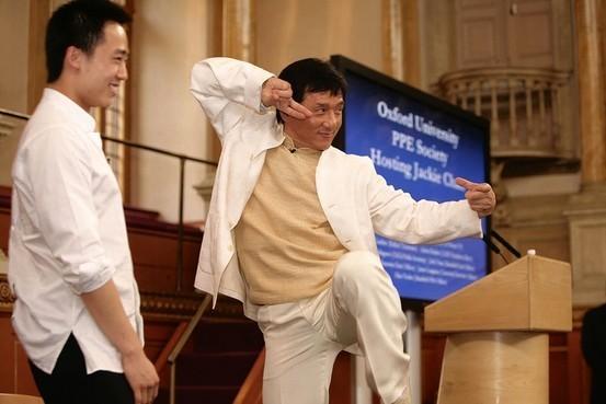 Джеки Чан и Бо Гуагуа. (Internet Photo)