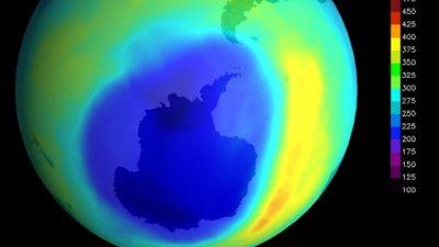 Озоновая дыра над Антарктикой исчезает