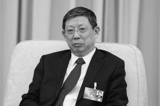 Бывший мэр Шанхая Ян Сюн в Большом зале народных собраний в Пекине, 6 марта 2016 года. Ян оставил свой пост 17 января. Фото: Lintao Zhang/Getty Images | Epoch Times Россия