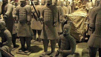 Затопленные руины дворца первого императора Китая