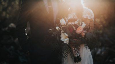 Жених разрыдался на свадьбе, когда встретился с сюрпризом любимой