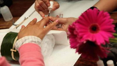 Выбираем гель для наращивания ногтей
