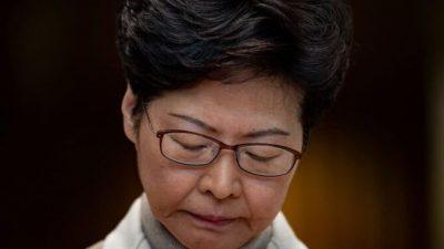 Лидер Гонконга отказалась выполнить требования протестующих после марша в День прав человека с участием 800 000 человек