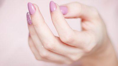 Красивые ногти — достояние каждой женщины
