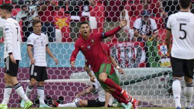 Китайские компании составляют 1/3 спонсоров чемпионата Европы по футболу, что вызвало опасения в Европе