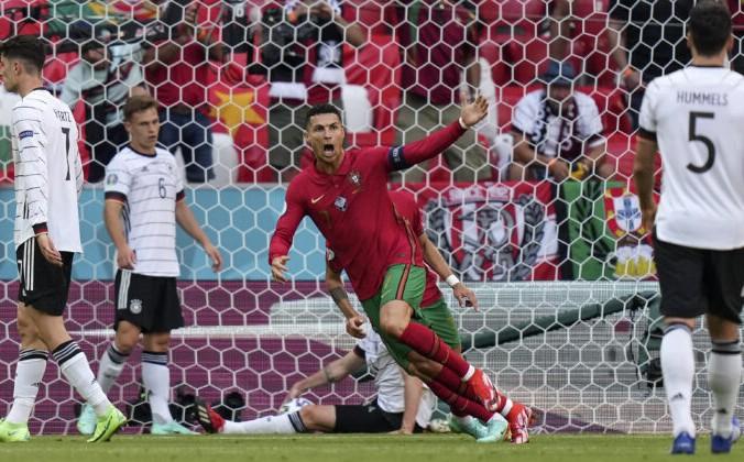 Криштиану Роналду из Португалии радуется забитому голу в матче группы F чемпионата Европы по футболу 2020 года между Португалией и Германией в Мюнхене, Германия, 19 июня 2021 года Matthias Schrader / Pool / AP Photo   Epoch Times Россия