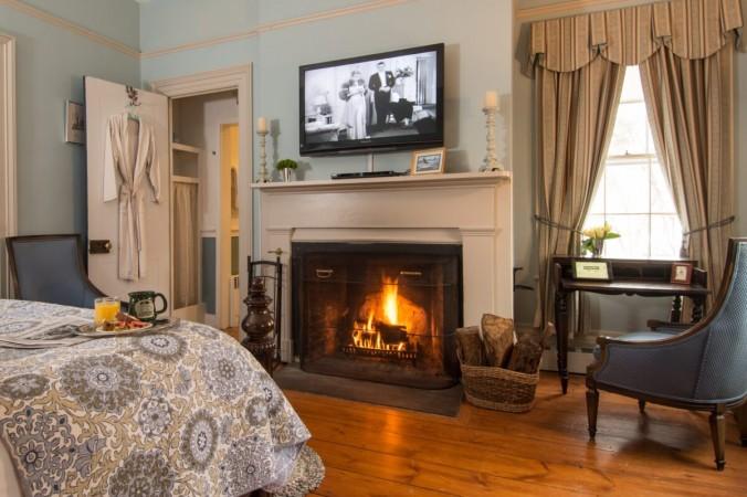 Современные удобства сочетаются с элегантностью Старого Света в отеле типа «постель и завтрак» Caldwell House в Солсбери-Миллс, штат Нью-Йорк (любезно предоставлено компанией Caldwell House Bed & Breakfast) | Epoch Times Россия