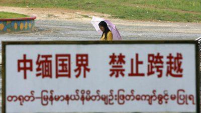 Компартия Китая обязала всех китайцев покинуть Бирму и вернуться домой, несмотря на жестокую пандемию в ней
