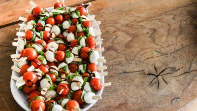 Простые рецепты на день рождения могут порадовать гостей яркостью и разнообразием