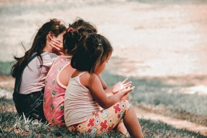 Более 60 детей заразились COVID-19 в детском лагере Тывы