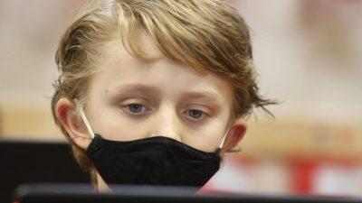 В детских масках во Флориде обнаружены опасные возбудители болезней