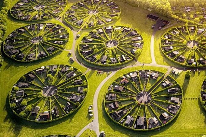 Роскошная деревня Брённбю в Дании. (Image: via photographer Henry Do) | Epoch Times Россия