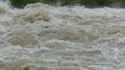 Наводнение в Ялте: погиб один человек и 11 пострадали