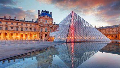 Побывайте в Лувре не выходя из дома