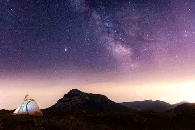 Данные телескопа «Хаббл» подтверждают, что в некоторых галактиках отсутствует тёмная материя