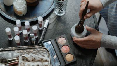 Как правильно наносить макияж. Полезные советы