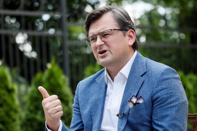 Министр иностранных дел Украины Дмитрий Кулеба выступает вовремя интервью вКиеве, Украина, 17июня 2021г. (Gleb Garanich/Reuters) | Epoch Times Россия