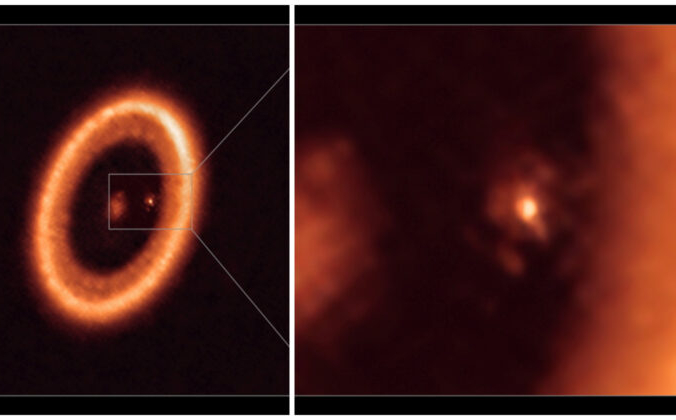 На недатированном изображении, полученном с помощью большой миллиметровой / субмиллиметровой матрицы Европейской южной обсерватории Атакамы (ALMA), показаны дальним (слева) и крупным планом (справа) изображения формирующего луну диска, окружающего PDS 70c, молодую планету, похожую на Юпитер, на расстоянии около 400 световых лет от нас. Alma Eso/NAOJ/NRAO/Handout via Reuters   Epoch Times Россия