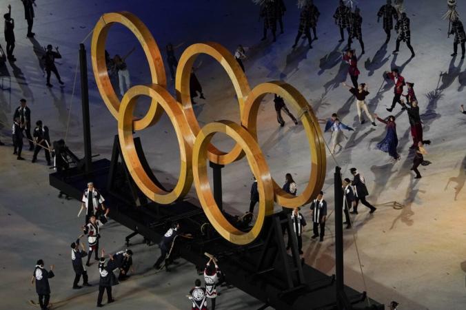 Актёры выступают на церемонии открытия летних Олимпийских игр 2020 года в Токио, Япония, 23 июля 2021 года. (Morry Gash / AP Photo) | Epoch Times Россия