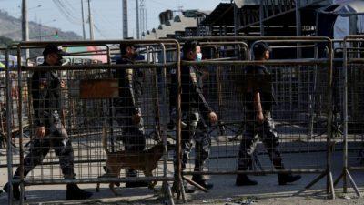 В драках тюремных банд в Эквадоре погибло 22 человека, 80 получили ранения