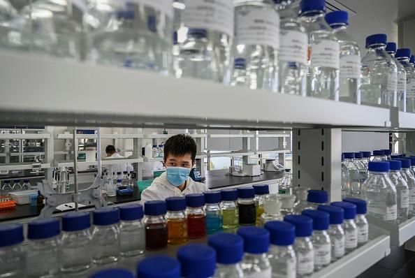 Хронология развития китайской вакцины против Covid вызывает беспокойство