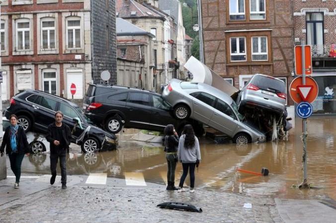 Европа уходит под воду вслед за Германией (Видео)